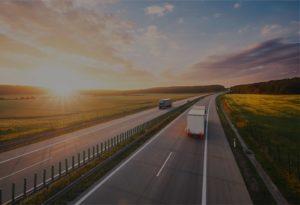 ciezarowka_na_autostradzie